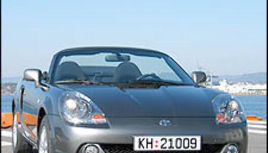 TEST: Toyota MR2 - morobilen sjarmerer igjen!