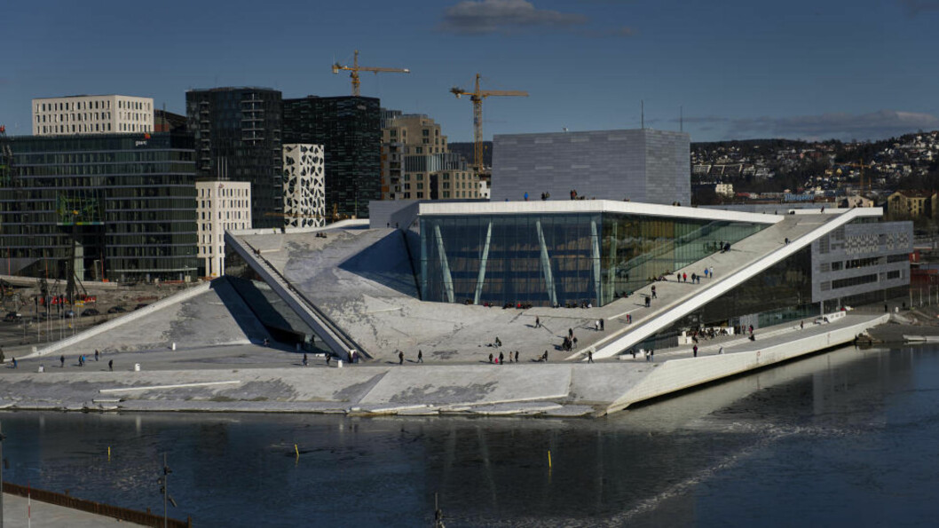 <strong>IKKE REN OG PEN:</strong> Operahuset i Oslo kunne trengt en vårrengjøring. Foto: Benjamin A. Ward