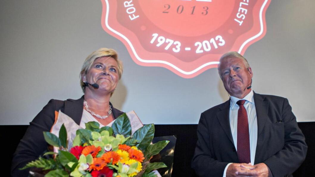 <strong>PÅ KINO IGJEN:</strong> Siv Jensen og Carl I. Hagen feirer at Frp er 40 år på Saga kino i Oslo. Det hele startet i en kinosal med et vekkelsesmøte mot skatter og avgifter. Foto: Torbjørn Berg / Dagbladet