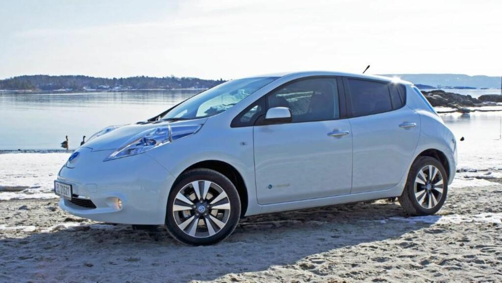 SUKSESS: Det selges faktisk flere Nissan Leaf enn biler som Ford Focus, VW Passat og Volvo V40. FOTO: Geir Svardal