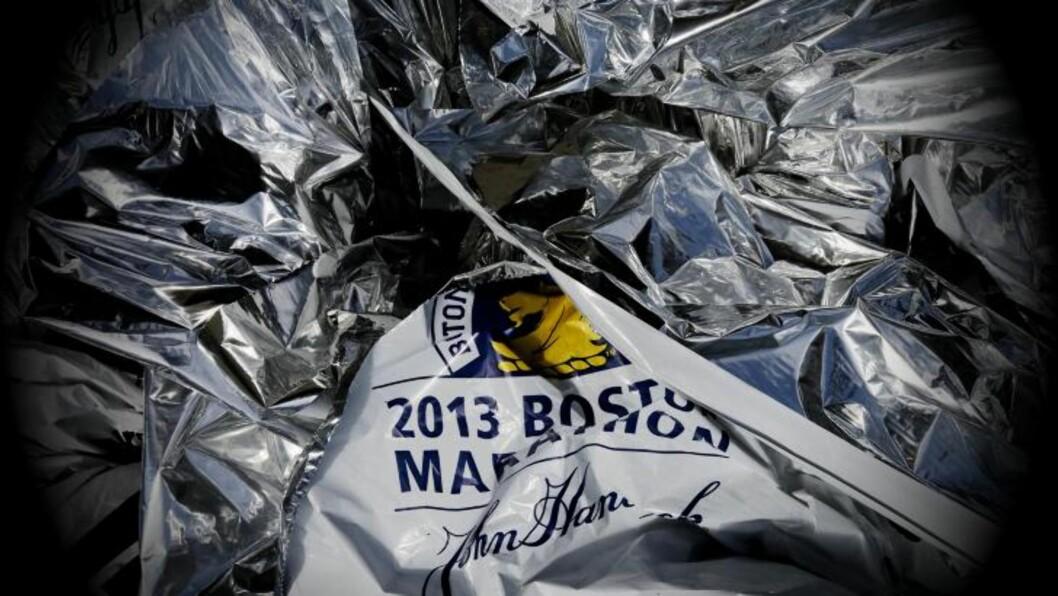<strong>DAGEN ETTER:</strong> Varmelaken i målområdet vitner om gårsdagens maraton i Boston. Foto: Ørjan Ellingvåg/Dagbladet