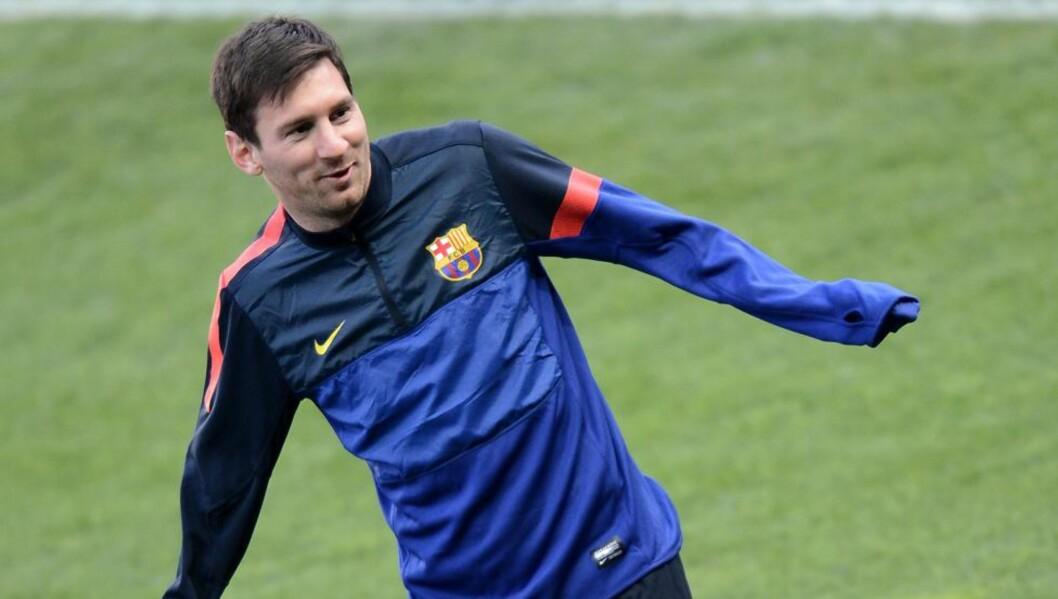 <strong> TILBAKE:</strong>  Torsdag var Messi tilbake på treningsfeltet for Barcelona, og juvelen kan være klar til tirsdagens Champions League-kamp mot Bayern München. Foto: AFP PHOTO / FRANCK FIFE / NTB Scanpix