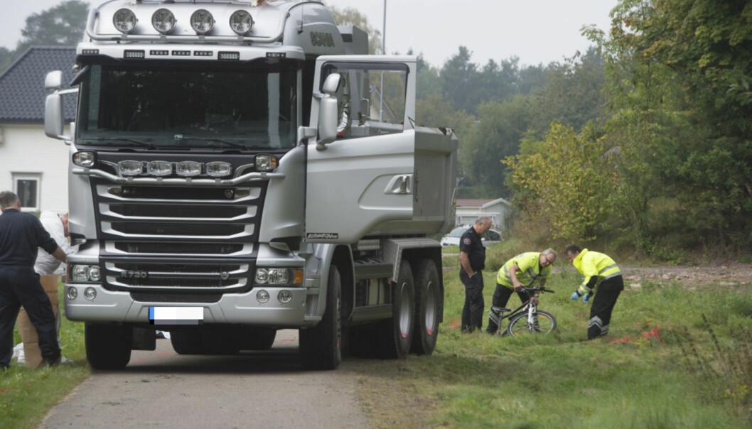 Føreren av lastebilen som rygget på 11-åringen siktet for farlig kjøring