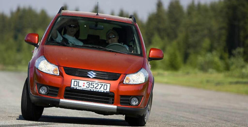 POPULÆR: Suzuki SX4 er en populær mini-SUV med god framkommelighet, bra sitteplass og få tekniske feil.