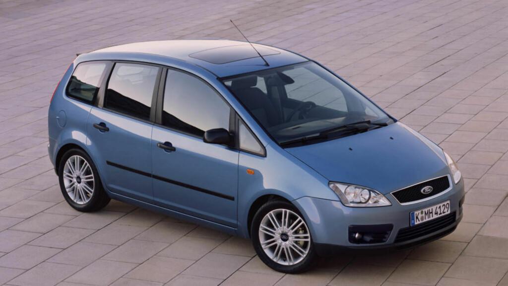 FORD C-MAX: Baserer seg teknisk på anerkjente Ford Focus, og er en høy og praktisk kompaktklassebil med sportslige kjøreegenskaper og gode plassløsninger.