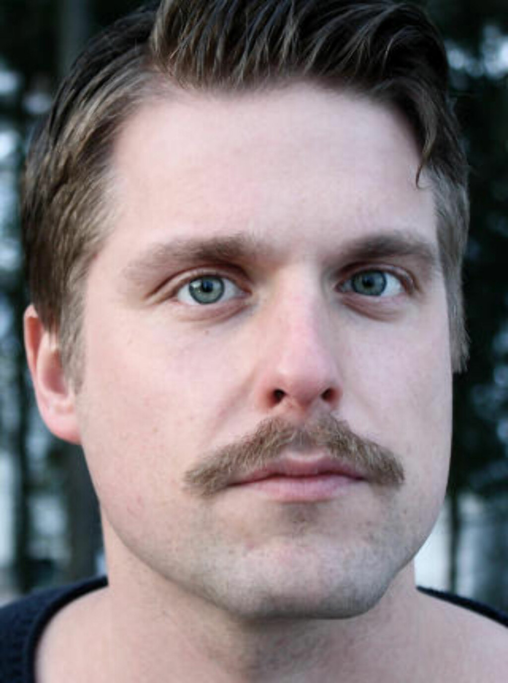 Eivind Hofstad Evjemo, forfatter.