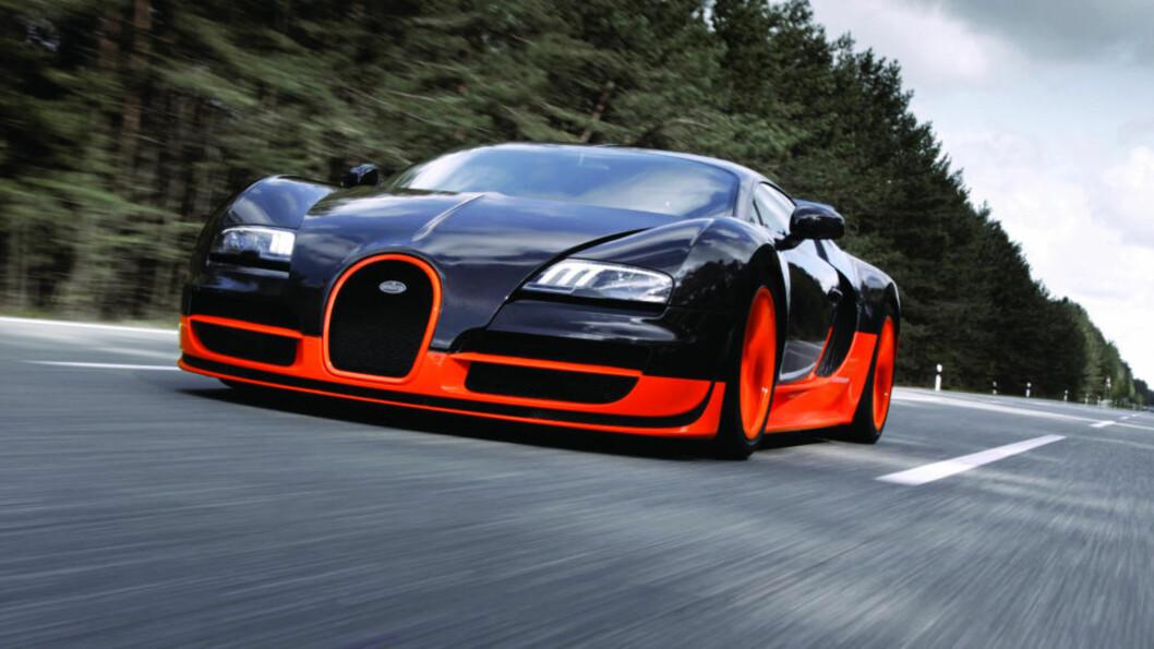 VERDENS RÅESTE? Bugatti Veyron 16.4 Super Sport skal ifølge ryktene oppgraderes ytterligere. Foto: Bugatti