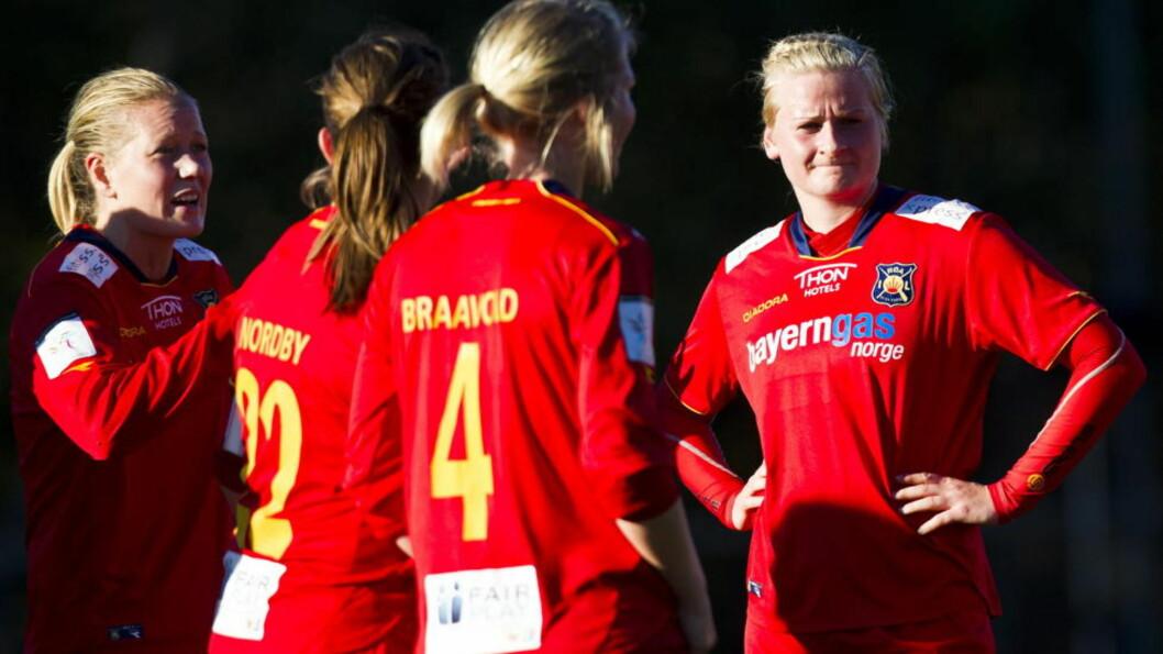 <strong>SLÅTT UT:</strong> June Tårnes og de andre Røa-spillerne er ferdige i mesterligaen for i år. Foto: Vegard Grøtt / NTB scanpix