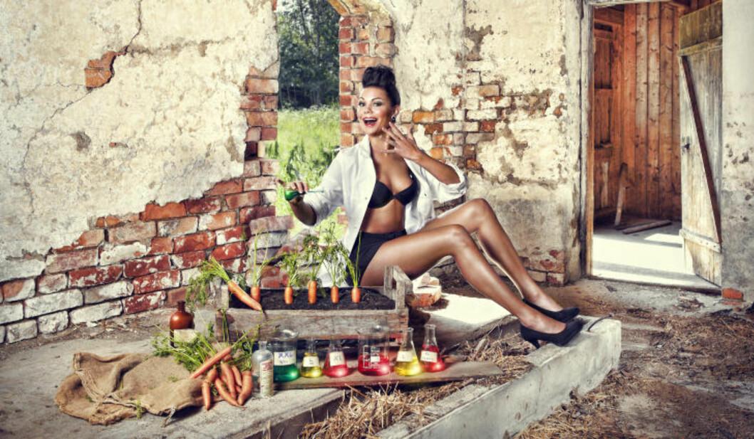 <strong>GRØNNE FINGRE:</strong> Organisatorisk nestleder i SpU, Nina Moi, er kjemiingeniør og jobber i oljebransjen. Og dyrker gulrøtter. Foto: Cahtrine Dokken.