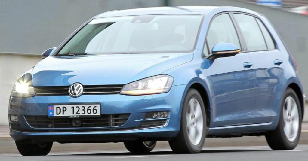 LINJER: Den nye VW Golf ser tidsriktig smekker og skarp ut i linjene, uten at det blir overdrevet eller skriker for mye på oppmerksomhet. FOTO: Petter Handeland