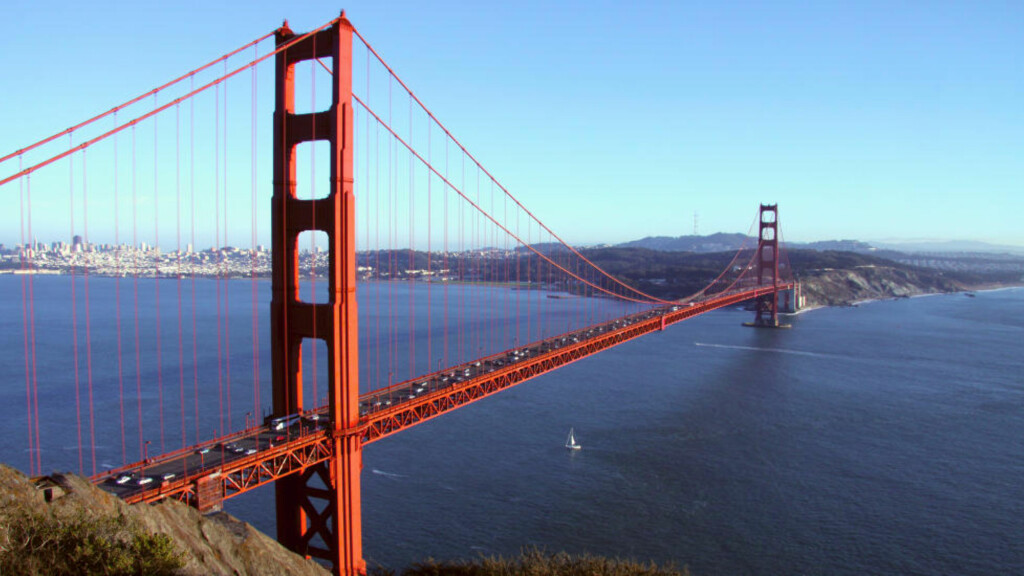 SAN FRANCISCO: Reiseguiden Lonely Planet har kåret San Francisco til vedens beste by å besøke i 2013. Her ser du brua Golden Gate. Foto: COLOURBOX