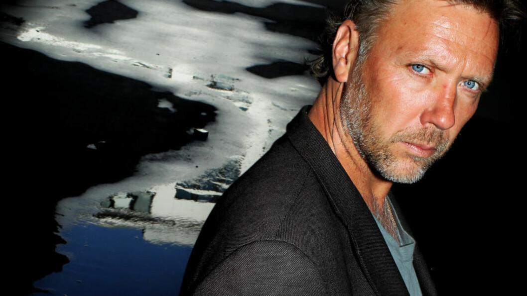 <strong>IKKE MED:</strong>  Den svenske skuespilleren Mikael Persbrandt er likevel ikke med i den første «Hobbiten»-filmen. Hans rollefigur dukker først opp i film nummer to. Foto: Stella Pictures