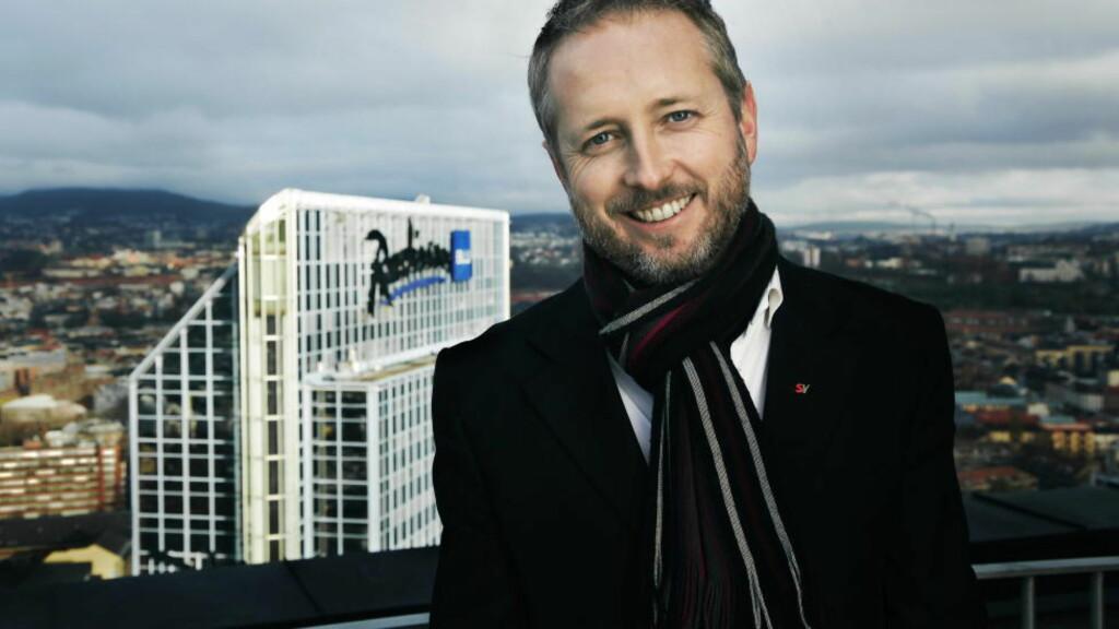 PÅ TOPPEN AV BYEN: Miljøvernminister Bård Vegar Solhjell gjør byene til sin store sak. Foto: Steinar Buholm / Dagbladet.