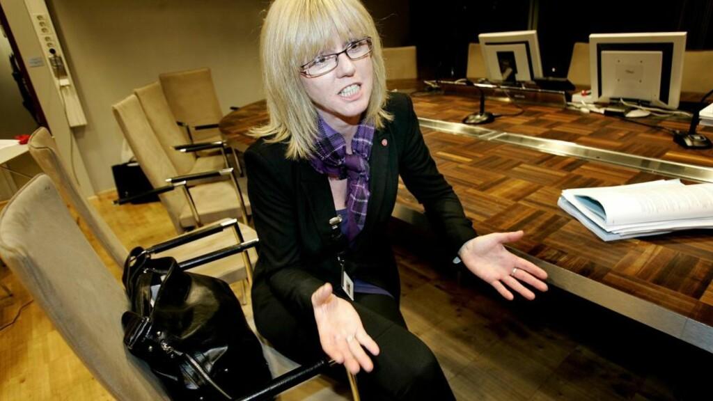 REAGERER: Vibeke Ek var fra 2007 til 2011 komitéleder for kultur, idrett og oppvekst i Tromsø, og dermed en av fem toppsjefer i kommunen under tidligere ordfører Arild Hausberg.  Hun går nå ut med støtte til Ingebrigtsen - og tordner mot det hun mener har vært en skitten prosess. Foto: Torgrim Rath Olsen / Nordlys