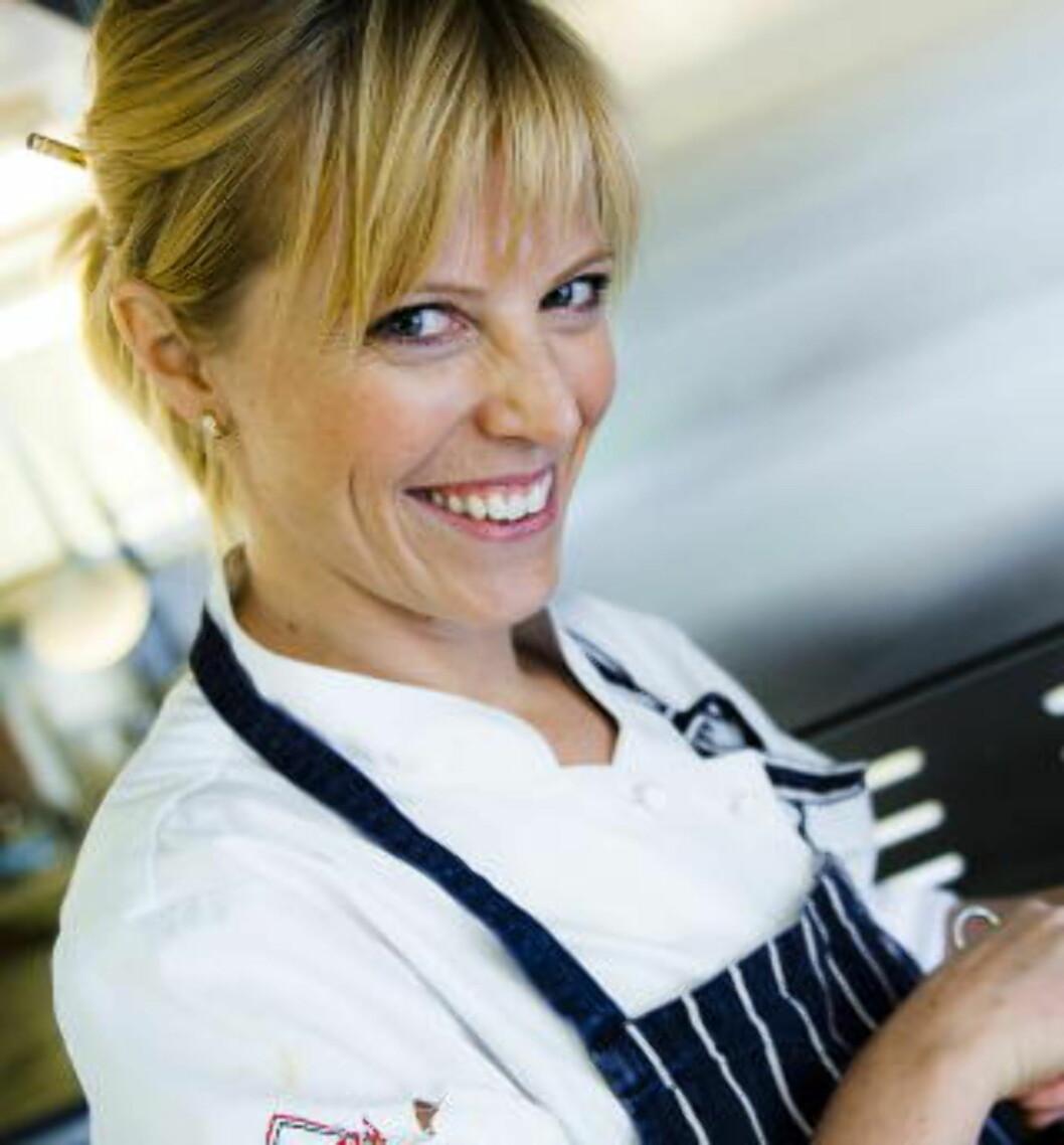 FREDAGSKOKK: Charlotte Mohn (34) er en av Dagbladets faste kokker på fredager. Hun har vunnet stor anerkjennelse for sin kokekunst, og er til daglig frilanser og medeier i Opaker Gård i Hedmark. Foto: HÅKON EIKESDAL