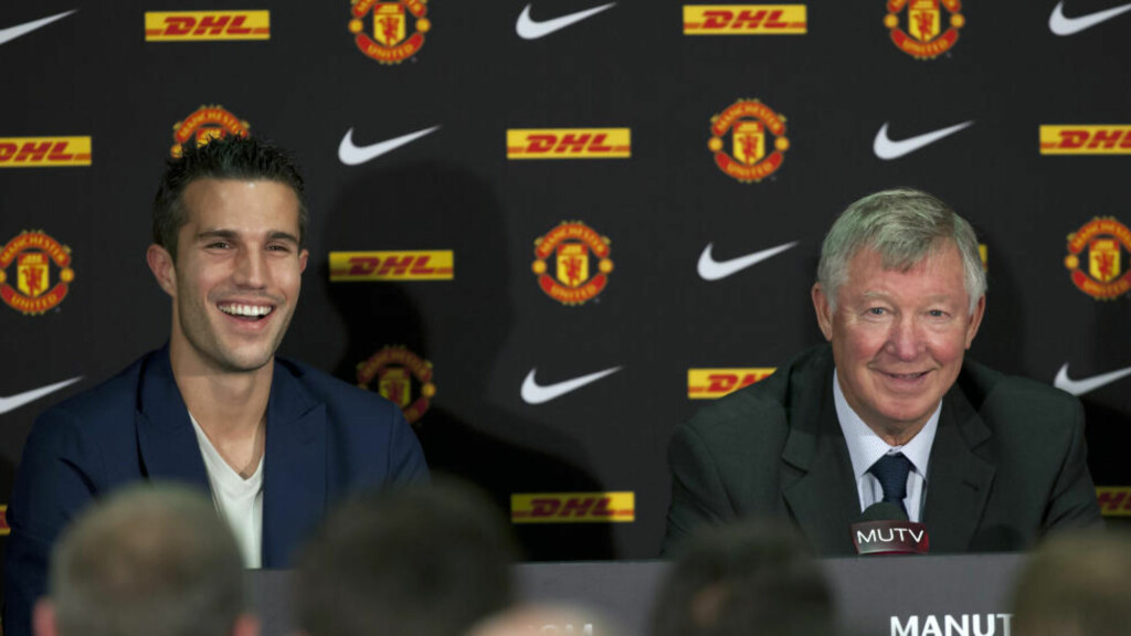 NY CANTONA? Robin van Persies virkning på Manchester United kan sammenlignes med forvandlingen Eric Cantona i sin tid avstedkom, hevder manager Alex Ferguson. Foto: AP Photo/Jon Super