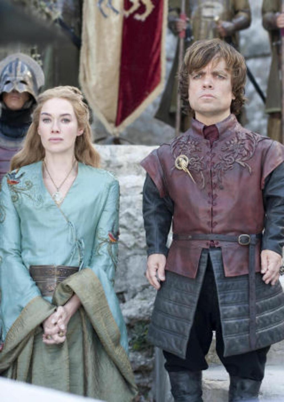 Maktkamp: Lena Headey og Peter Dinklage som Cersei of Tyrion Lannister. Foto: Paul Schiraldi / HBO / AP / Scanpix