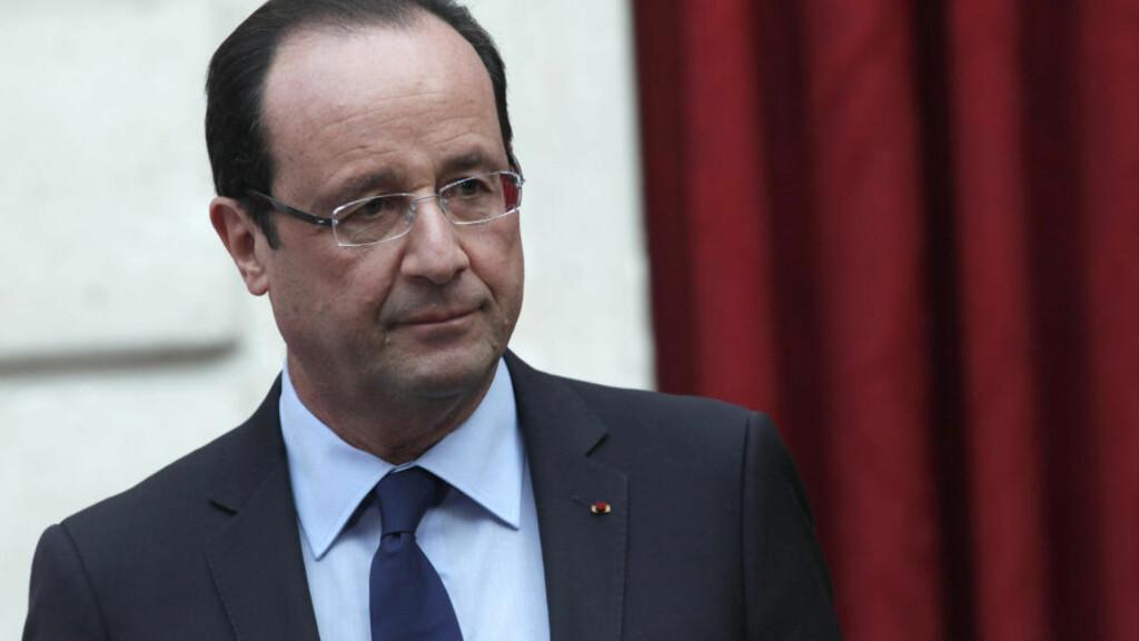 BLÅNEKTER: Den sentralafrikanske republikk ber om assistanse - men det er ingen hjelp å få fra Frankrikes president Francois Hollande. Foto: Reuters / NTB Scanpix