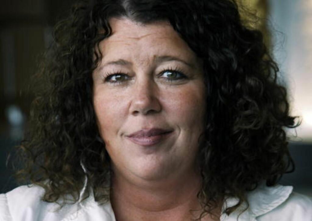 BLE MOBBET: Kristin Oudmayer i UNICEF Norge har selv vært utsatt for mobbing. Hun har skrevet bok om temaet. Foto: Steinar Buholm