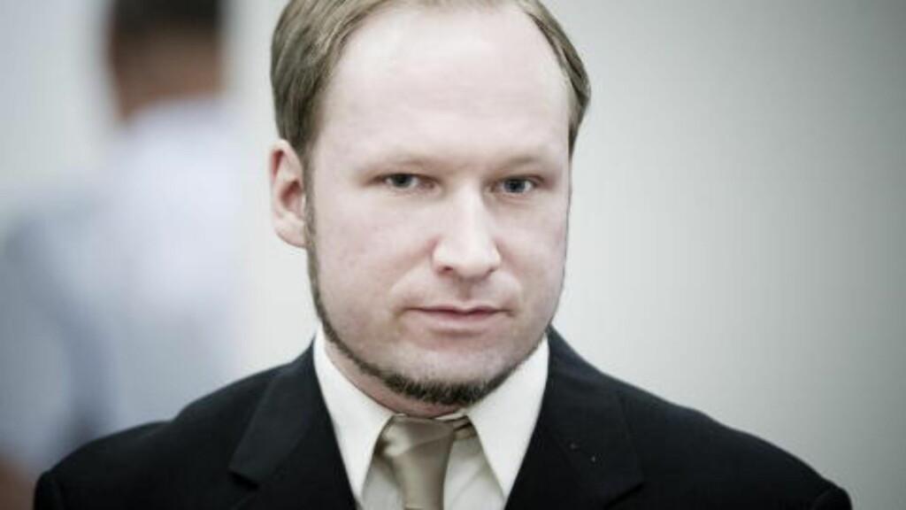 TVILER PÅ BREIVIK SOM FRI: Ekspertene mener Breivik må belage seg på et liv bak murene - både om han dømmes som tilregnelig eller utilregnelig på fredag. I høst var han den enste i Norge som satt fengslet under under særlig høyt sikkerhetnivå. Foto: Bjørn Langsem / Dagbladet