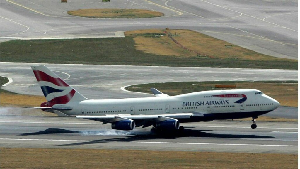 LANDING:  En Boieng 747 fra British Airwarways under landing på Heathrow. ARKIVFOTO: AFP/NTB ASCANPIX.