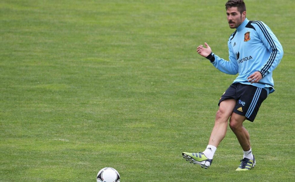 Spain's national football team player Javi Garcia practices during a public training session in Schruns on May 28, 2012. AFP PHOTO / ALEXANDER KLEIN