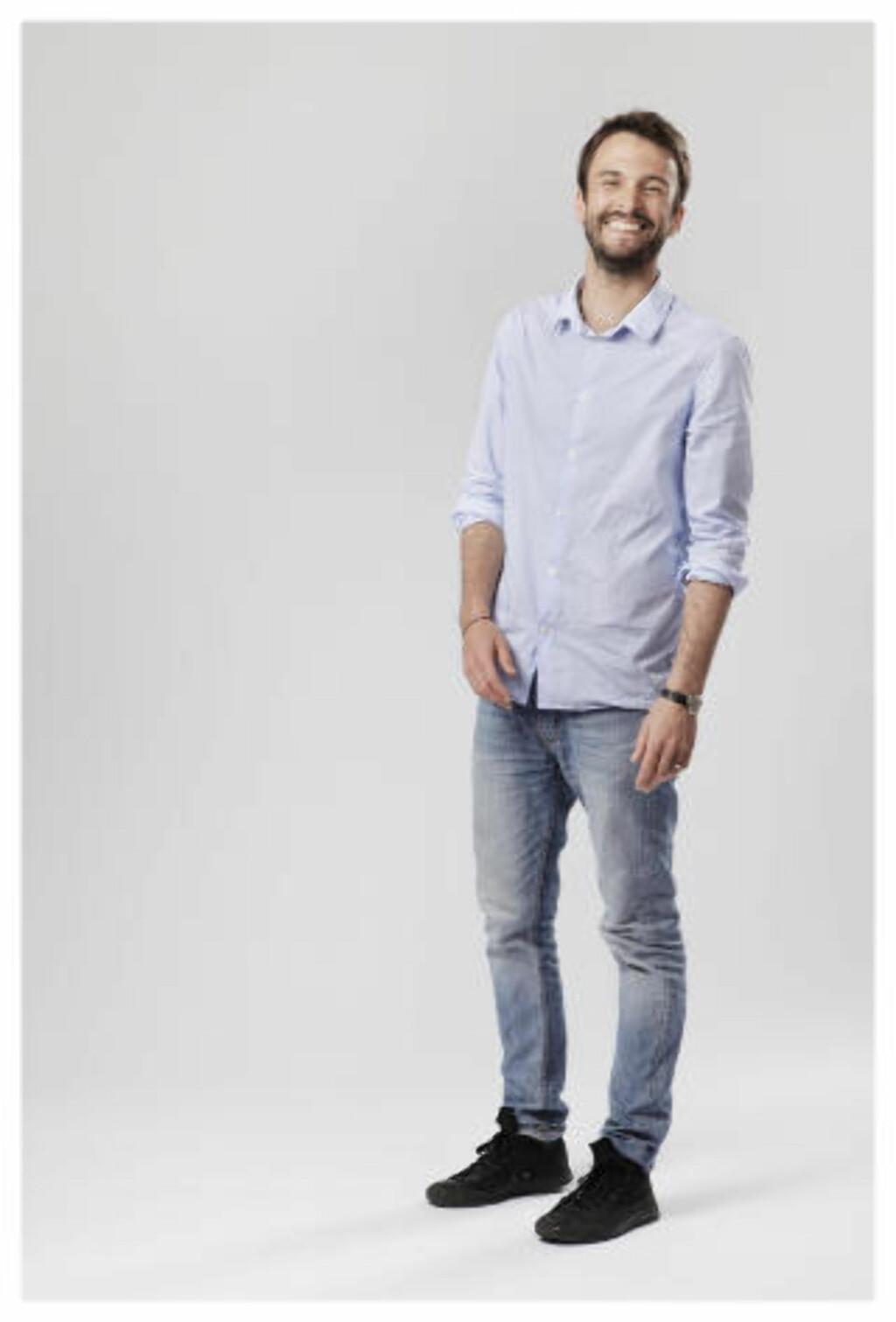 Programleder: Kåre Magnus Bergh gjør en strålende jobb i Stjernekamp. Pressefoto: NRK