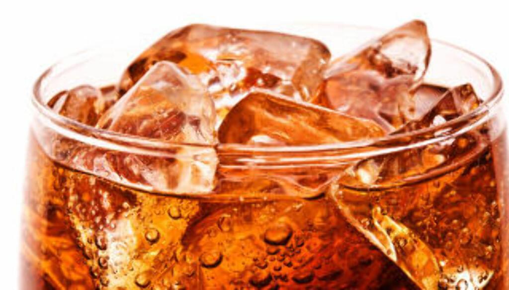 KJERRINGRÅD: De aller fleste av oss har fått servert Cola når man hadde diverse magesyker. Ekspertene strides om hvorvidt dette er bra eller ikke. FOTO: Thinkstockphoto