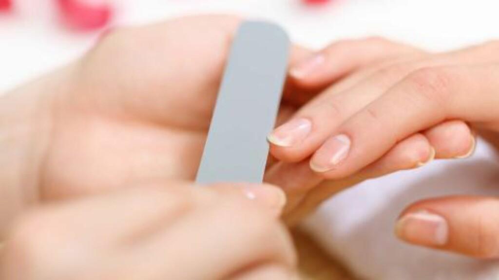 HELSE I NEGLENE: Ta vare på neglene dine, de kan gi deg nyttig informasjon om helsen din.  FOTO: Colourbox