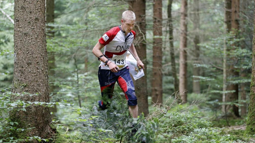 HELT I TOPPEN: Olav Lundanes vant VM-gull i orientering i sommer - og kjempet lenge om sammenlagtseier i verdenscupen. Nå vil landslagsledelsen ha flere o-løpere i toppen. Foto: SÖREN ANDERSSON / NTB scanpix