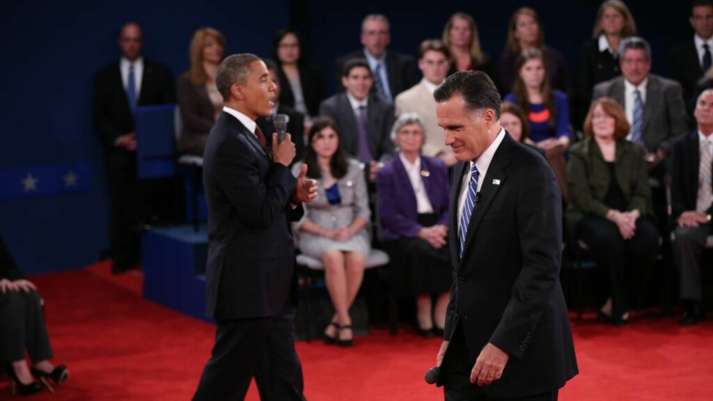 DUELL: President Barack Obama og republikanernes kandidat, Mitt Romney, møttes til en forrykkende debatt på Hofstra University utenfor New York. Foto: Foto: Win McNamee/Getty Images/AFP