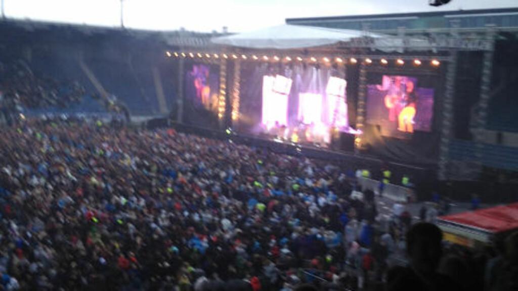 FULLSTAPPET: Mods samlet flere tusener mer enn det Viking FK vanligvis gjør på Viking Stadion. Foto: Mette Hodne / Privat