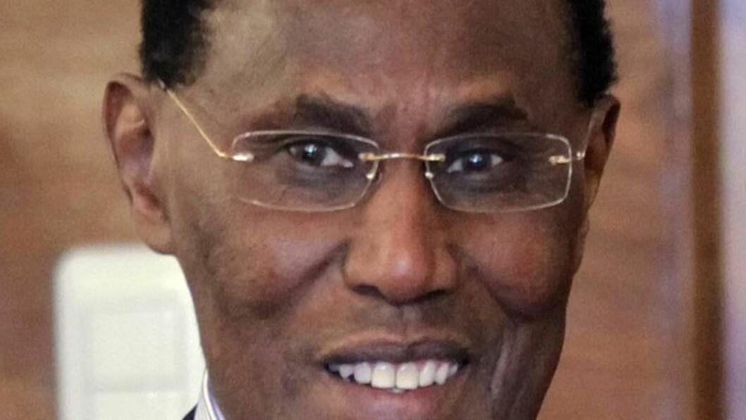 <strong> OGSÅ UTENRIKSMINISTER:</strong>  Et arkivbilde fra Moskva 17. mars 2011 der  George Saitoti møtte den russiske utenriksministeren Sergej Lavrov i egenskap av stedfortredende utenriksminister for Kenya. FOTO: YURI KOCHETKOV, EPA/NTB SCANPIX.