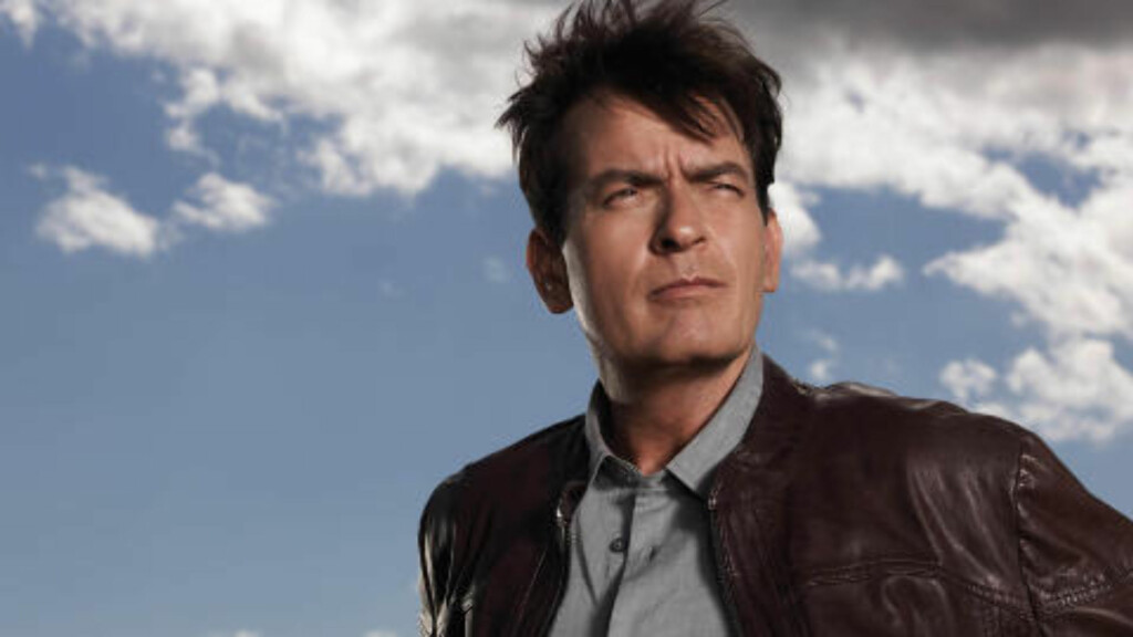 TILBAKE: Charlie Sheen er for tiden å se på skjermen i tv-serien «Anger Management». Foto: Stella Pictures