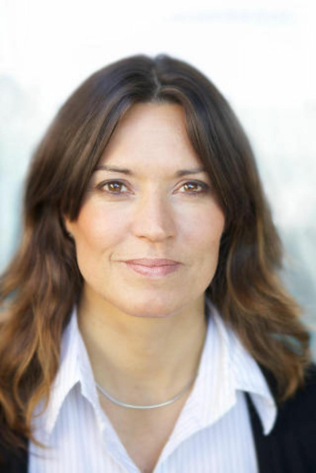 <strong>- VÆR SKEPTISK:</strong> Ann Hege Skogly fra Forbrukerrådet sier at det ikke er noen grunn til å stole mer på annonser på Facebook enn på andre steder. Foto: Forbrukerrådet