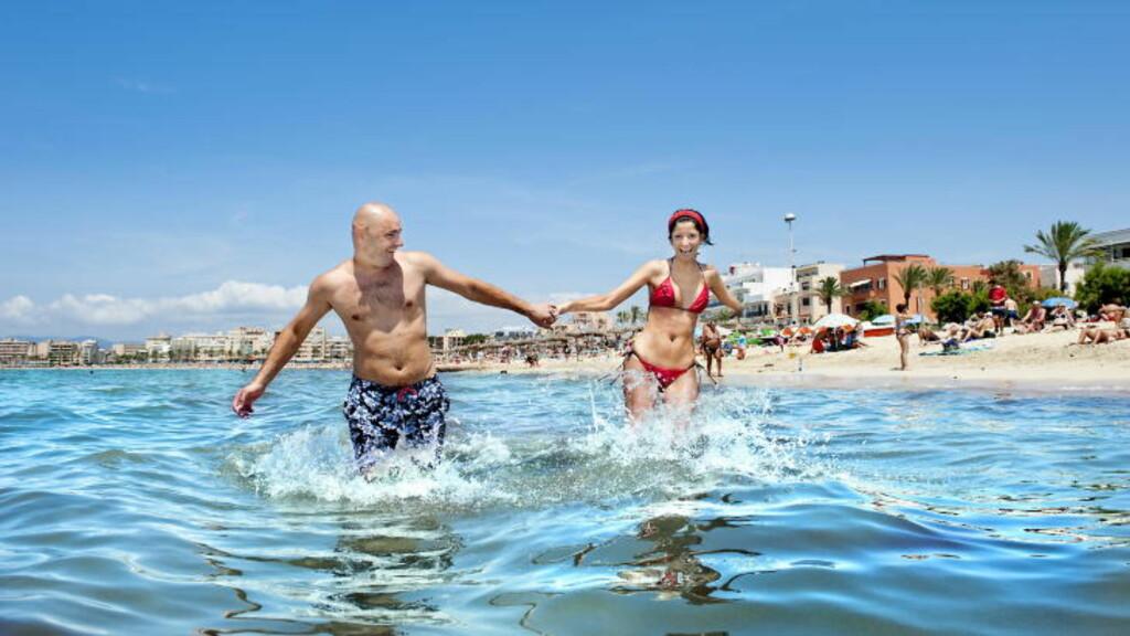 MALLORCA:  I Palma kan du kombinere uteliv, shopping og museer med den flotte Palma-stranda. Foto: JOHN TERJE PEDERSEN