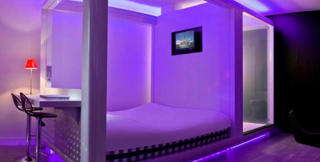 Sov i et bur en kiste eller kanskje i et sandslott for Design hotel qbic