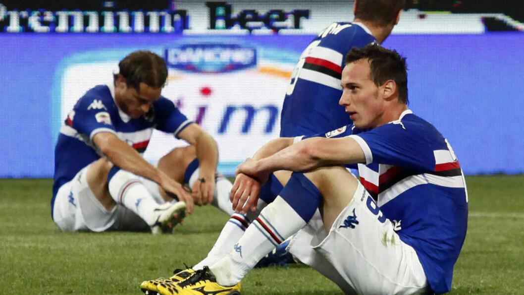 <strong>GRUNN TIL Å DEPPE:</strong> Sampdoria spillerne må starte sesongen med ett minuspoeng. Foto: AP/Gibireporter Lapresse/NTB scanpix
