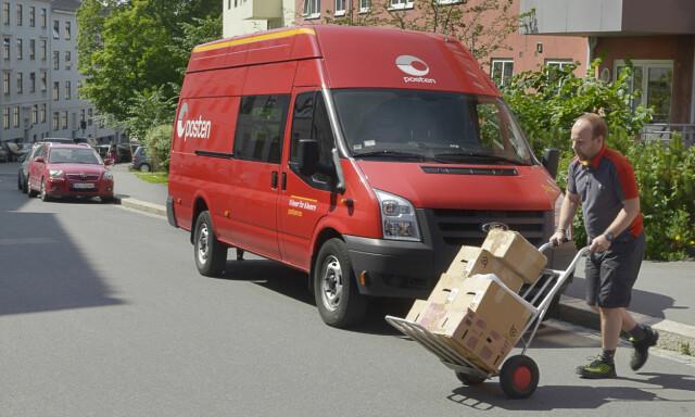 e32750bb BEGGES ANSVAR: At pakkene kommer fram ved salg på for eksempel Finn.no,