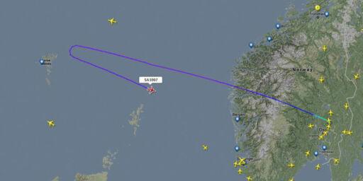 image: SAS-fly med motortrøbbel måtte snu ved Færøyene