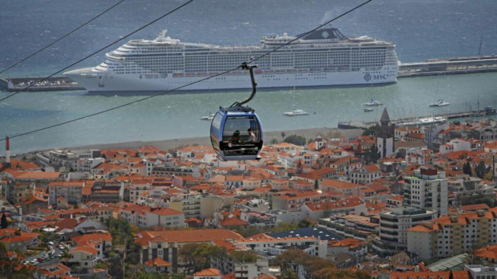 PARADIS: Funchal er regionhovedstaden på Madeira. Den vakre byen gir deg rik anledning til å gå på oppdagelsesferd. Svevebanen tar deg opp til utsiktspunktet Monte, der du kan skue ut over både byen og de amnge cruiseskipene som anløper Madeira.