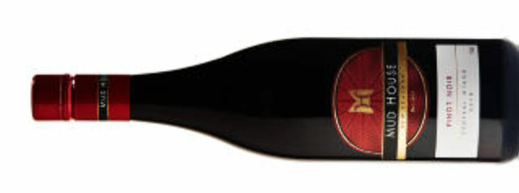 TIL KALV OG AND: Mud House Central Otago Pinot Noir 2010 fra New Zealand.