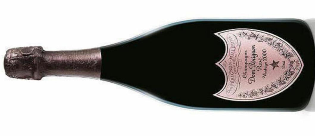 GOD OG DYR: Denne mektige og rike roseen fra Dom Pérignon får hele 96 poeng i testen. Så må du også ut med 2000 kroner.