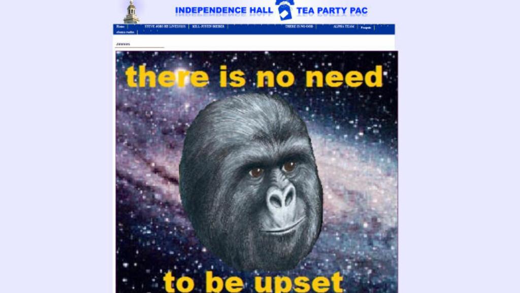 APESTREK:  Hackerne publiserte en ape på bevegelsens nettsider. Skjermdump: Independencehallteapartypac.com