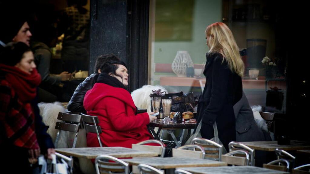 HJEMME IGJEN: Dagbladet sporet opp Stina Brendemo Hagen i Oslo i november i fjor. Hun hadde da farget håret svart. Foto: Bjørn Langsem / Dagbladet.