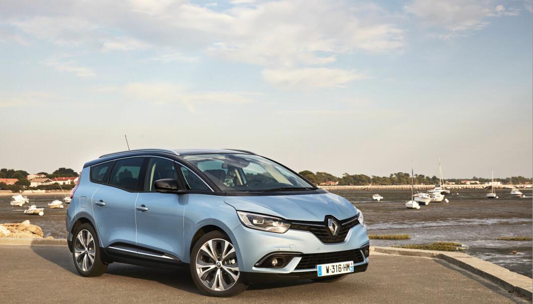 <strong>LANG-TRAVER:</strong> Renault Grand Scenic kan fåes som fem- eller syvseter, og kommer til Norge i løpet av første kvartal 2017. FOTO: Renault