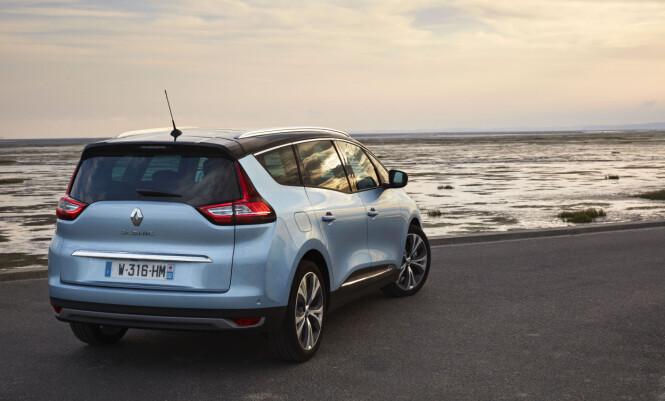 <strong>STORVOKST:</strong> Bilen måler 4,63 meter i lengde, og er dermed en voksen bil i kompaktsegmentet. FOTO: Renault