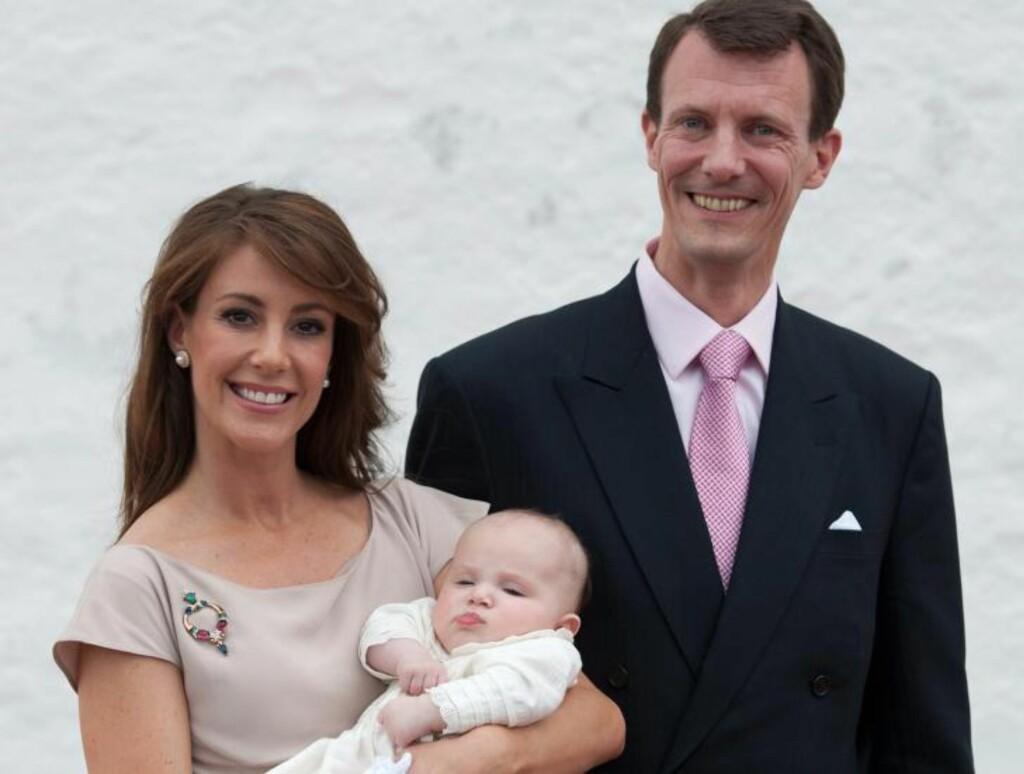 DØPT: Danske prins Joachim og prinsesse Maries datter ble i dag døpt. Foto: EPA/CHRISTIAN CHARISIUS/NTBSCANPIX