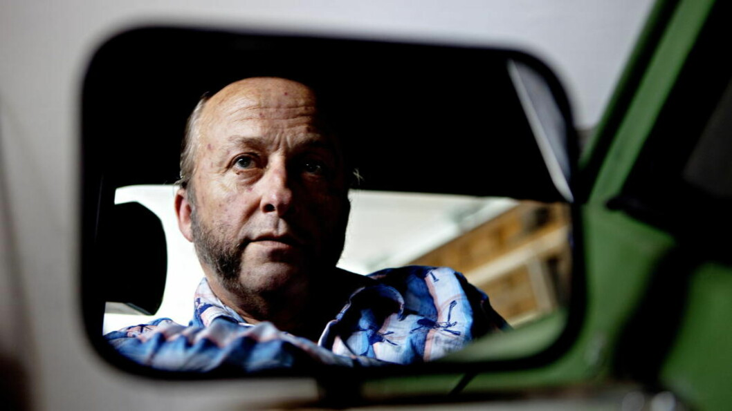 SKRIVENDE ROCKER:  Forfatter Levi Henriksen har skrevet tekster, synger og resiterer på «Langt sakte tog». Foto: Lars Eivind Bones / Dagbladet