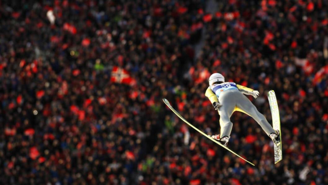 <strong>SVEV:</strong> Rune Velta svever ned til sølvmedalje i VM. FotO: REUTERS/Leonhard Foeger